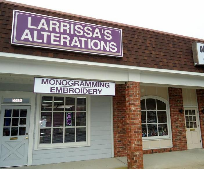 "<img source=""pic.gif"" alt=""Best alterations shop tailor seamstress in near Goldsboro NC area.""</img>"