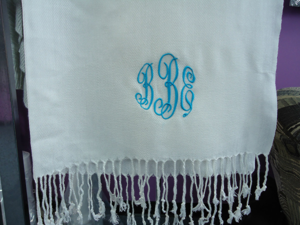 "<img source=""pic.gif"" alt=""Fun Embroidery & Monogramming in Goldsboro NC area.""</img>"