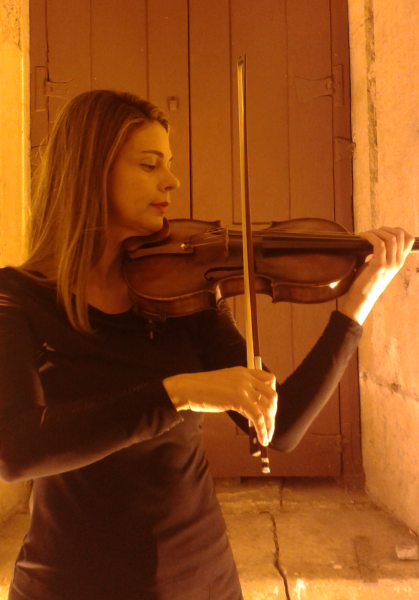 Sandra Aquino - Violino