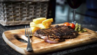 Sirloin Steak (9 oz)