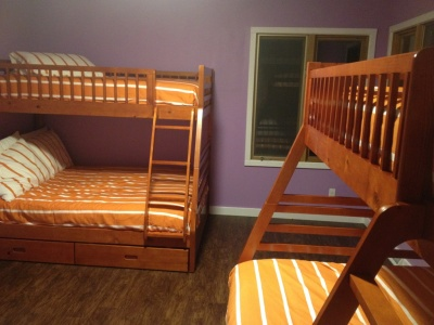 Bunk room 2 with twin over full