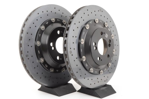 BMW,M3,M4,F80,F82,F83,Carbon Ceramic Brake Retrofit Kit