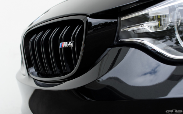 BMW,M3,M4,F80,F82,F83,M Performance,Gloss Black Grilles