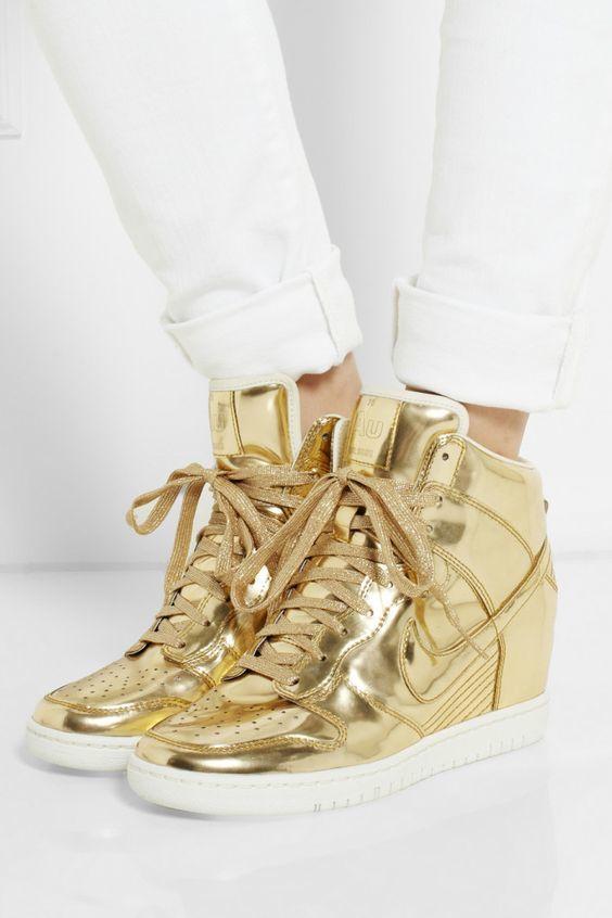 Nikegold2