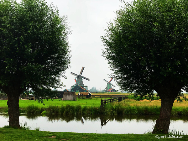 A cloudy day in Zaanse Schans