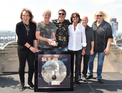 REO Speedwagon Presented With RIAA 10X Diamond Award