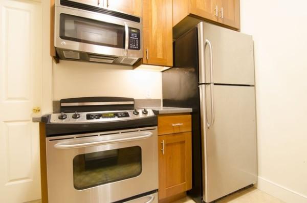 Modern kitchen, stainless steel appliances, 404 Marlborough St