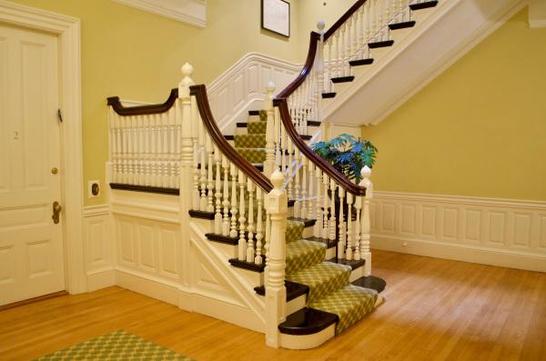 Lobby Main Stair, 404 Marlborough St
