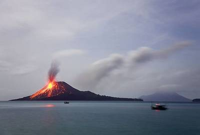 Krakato Volcano