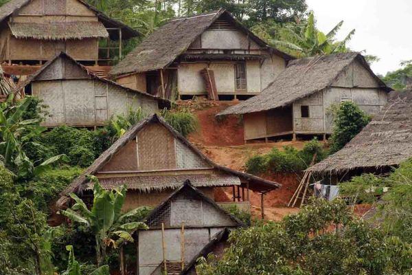 Rumah adat Baduy luar terbakar habis