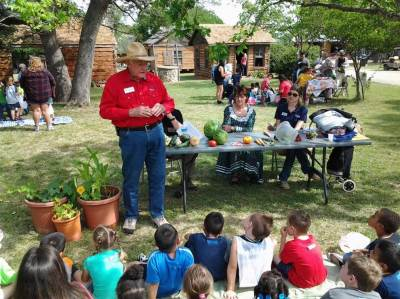Foods eaten in Pioneer days
