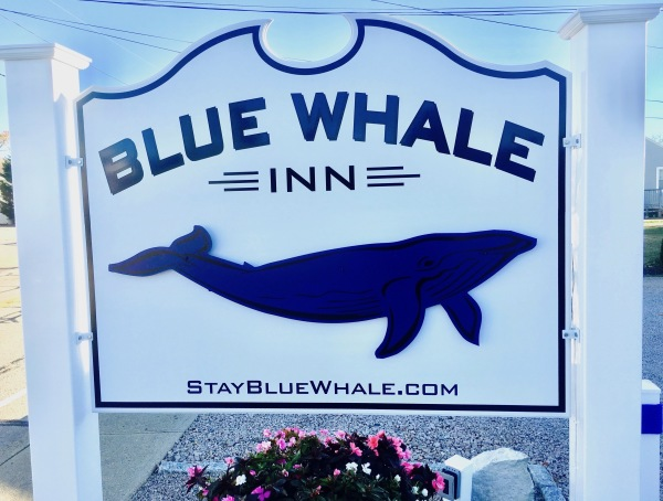 BLUE WHALE INN sign