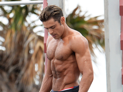Zac Efron's Baywatch shoulder's, back and abs workout