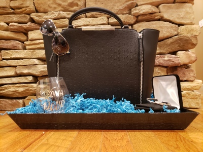 Guess Gift Tray