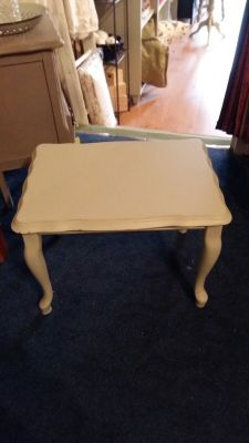 Painted Table  35 Eurp