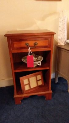 Beautiful unit with Drawer 45 Euro
