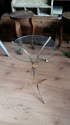 glass/Gold table 25 Euro