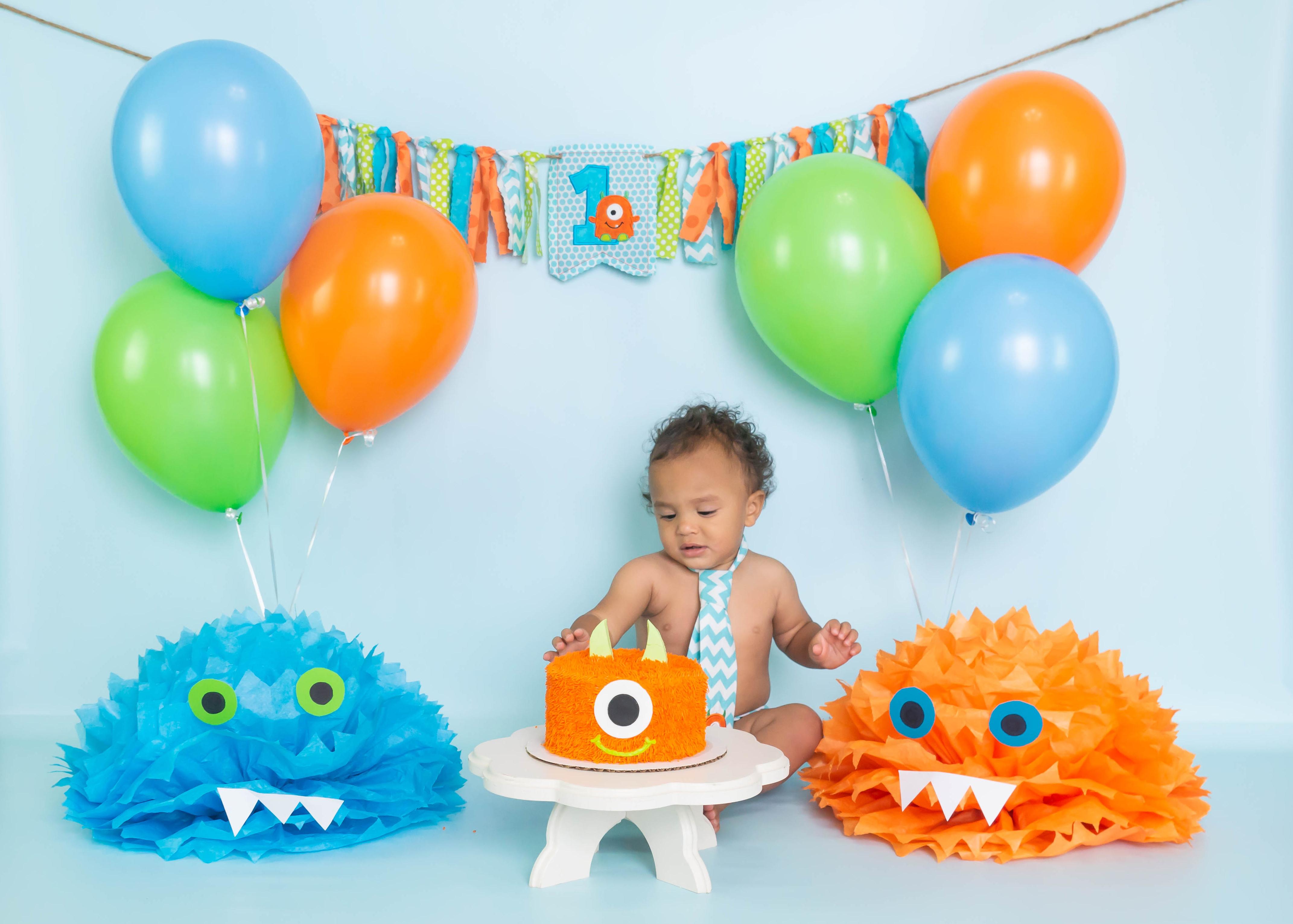 1st birthday session, 1st birthday photographer, children photographer, cake smash session, smash cake session, spring hill photographer, tampa photographer, natasha lynn photography