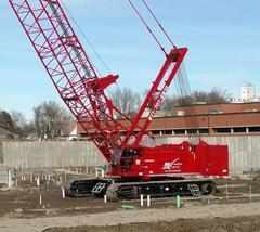 Manitowoc MLC165 Lattice Boom Crawler Crane 182T