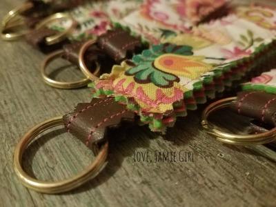 handmadewrislet, fabricwristlet, fabrickeychain, handmadekeychain