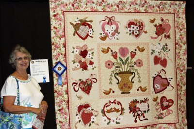 Donna Dees and her award winning quilt from QF 2016