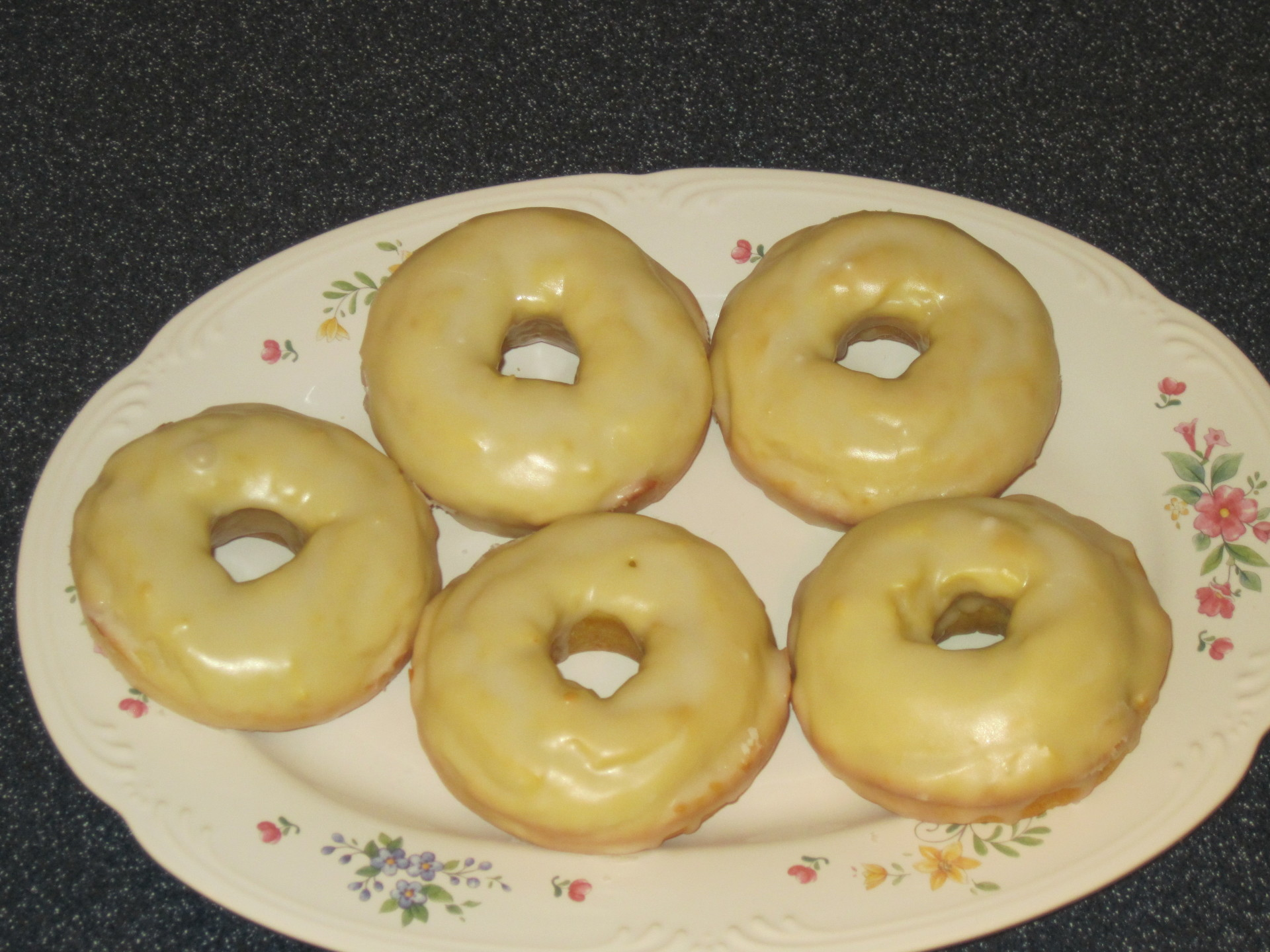 LEMON CAKE RINGS