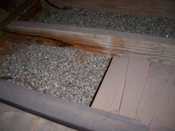 Vermiculite Insulation Could Contain Asbestoes