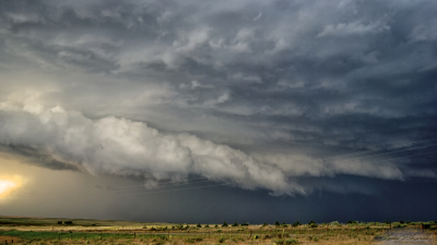 A shelf cloud sweeps across the Oklahoma panhandle on June 3, 2008.