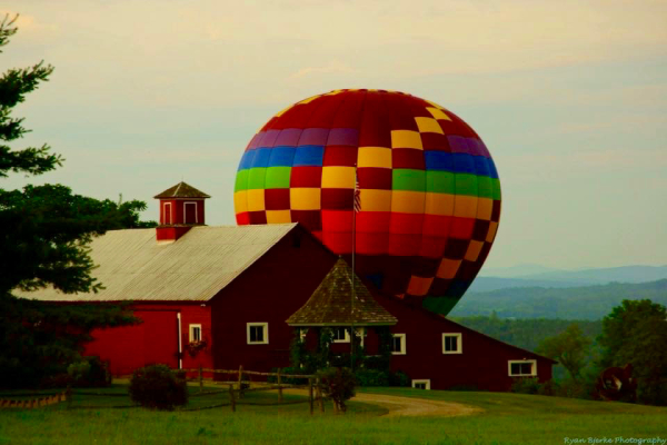Hot Air Balloon Landing 2016