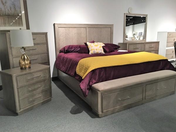 King Suite 4 pc. Solid Poplar w/ Oak. Cedar lined drawers.