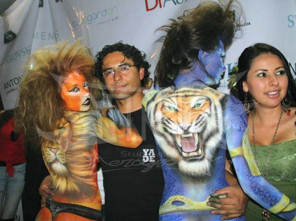 body paint felino