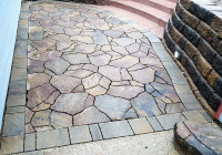 Mosaic pattern using pavers