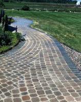 cobblestone-like walkway