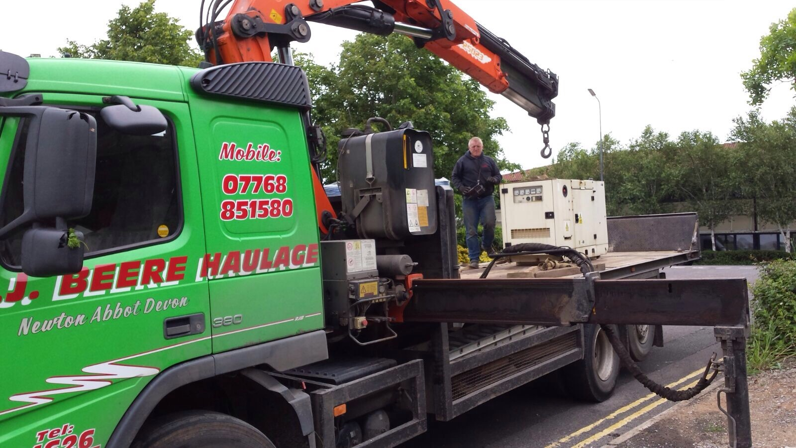 Removal of old Genset prior to supply and installation of replacement set