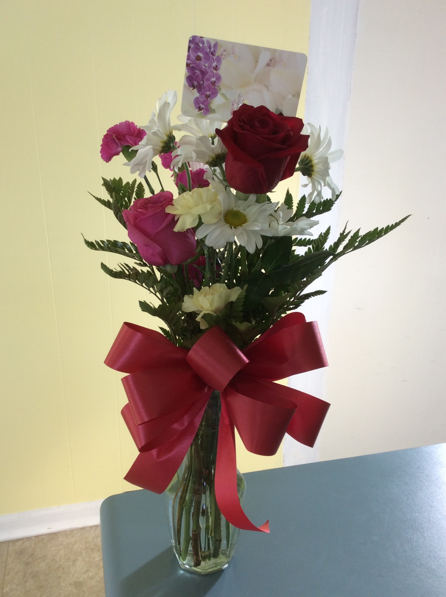 Small Rose Mix Vase