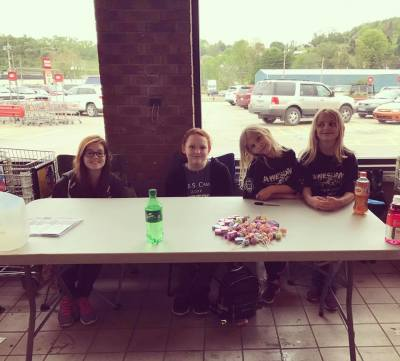 Tag Day @ Bentleyville Giant Eagle