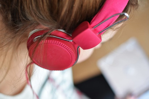 6 Ways to Improve Your Listening Skills