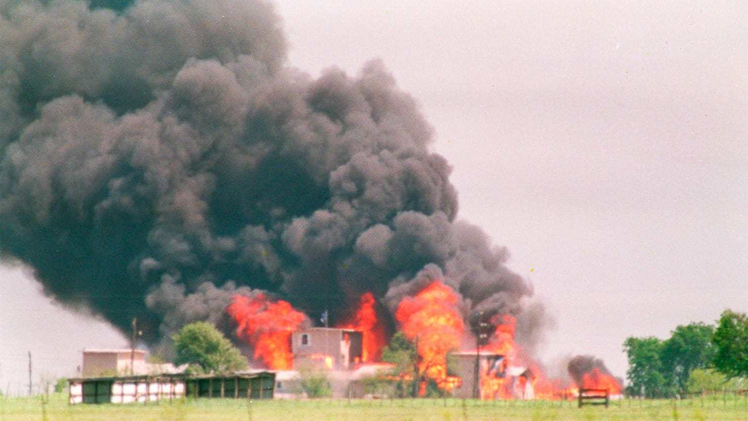 """The Waco Raid at 25: Enough With the Fairy Tale Lies"""