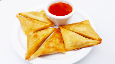 Curry Pocket (6)				$3.95