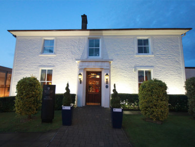 Places to Stay UK - Magnificent MacDonald Crutherland