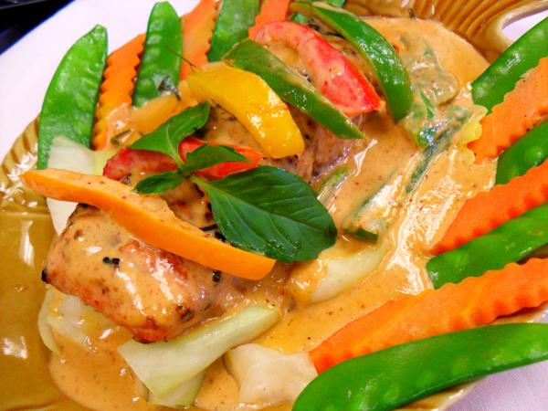 Salmon Chu Chee*