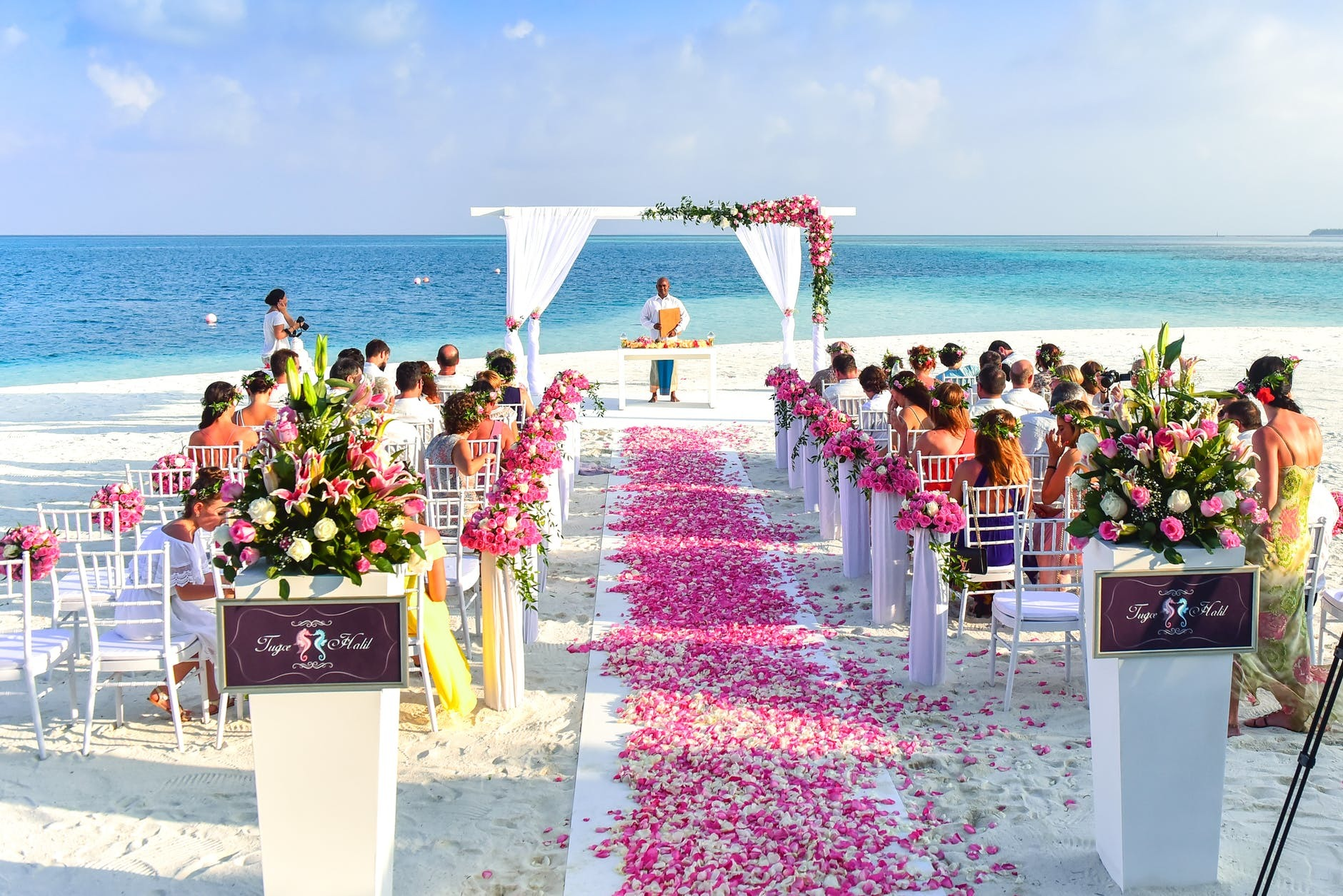 5 Tips for booking your Destination Wedding