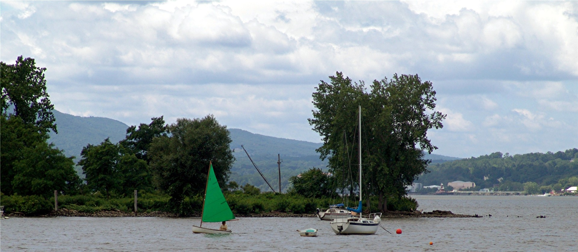 Sailboat on Hudson