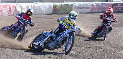 NARROW WIN FOR NATIONAL KARATE SWINDON ROBINS AT GILLMAN SPEEDWAY