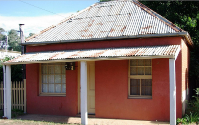 QUAINT SOFALA COTTAGE - SOLD!