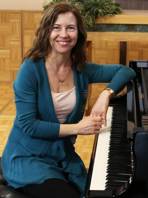 Carla Bray