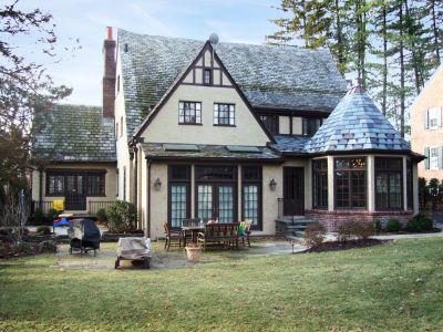 West Ridgewood Avenue Residence
