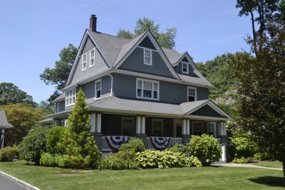 Highwood Avenue Residence