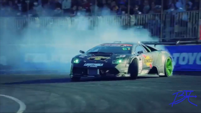 Ultimate Supercar//Expensive Drifting!