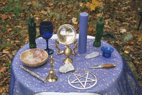Altar Cloths & Tools
